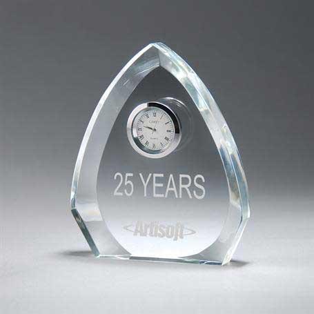 CM409 - Clear Crystal Arrowhead Clock