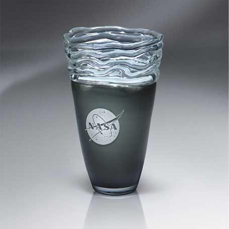 GI568 - Distinctive Glass-Glazed Vase  (Includes Silver Color-Fill)