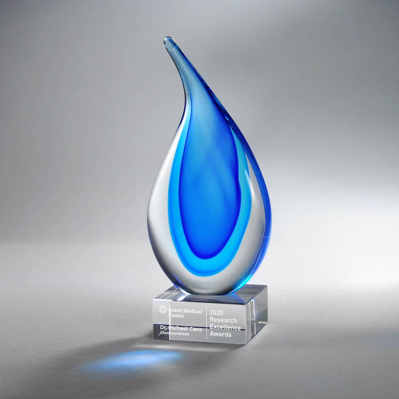 GM742B - Light & Dark Blue Art Glass on Clear Base, Med