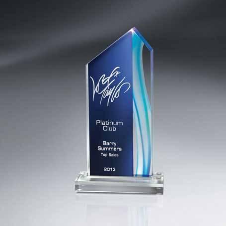 CDUS02B - Aquus Lucite Peak Award - Medium