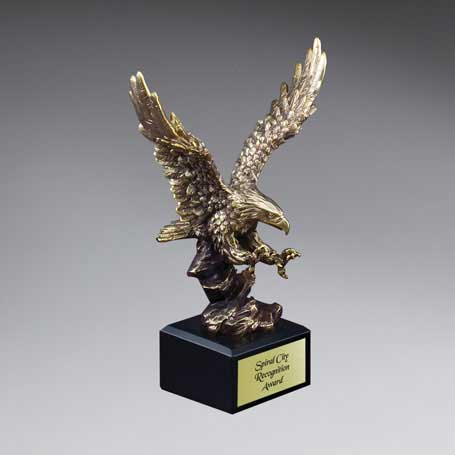 CM221A - Gold Antique Finish Resin Cast Eagle Landing - Small