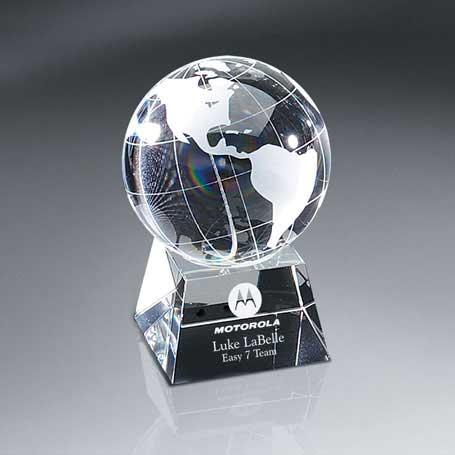 G0713B - Optic Crystal Globe on Base - Medium